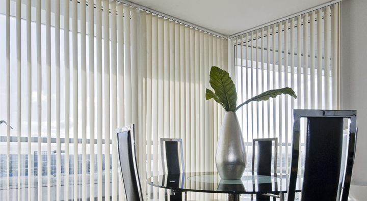 blinds vertical in dining 720x395